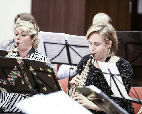 Ilse en petra in een orkest